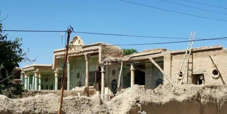 بنای «شجاعالسلطنه» شهرستان بهار در حال مرمت است